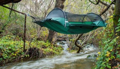 best-camping-hammock-with-bug-net-1